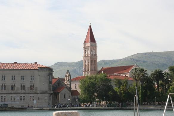 Croatia 407